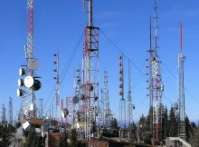 ilustrasi menara radio